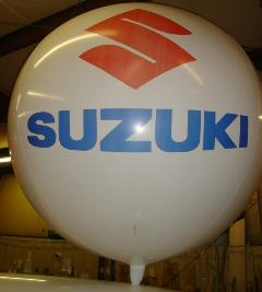 giant balloon with Suzuki logo